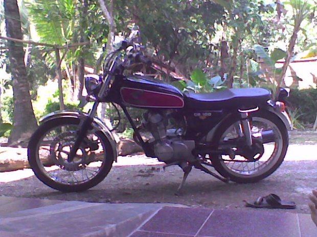 Honda CB100 tahun 1973